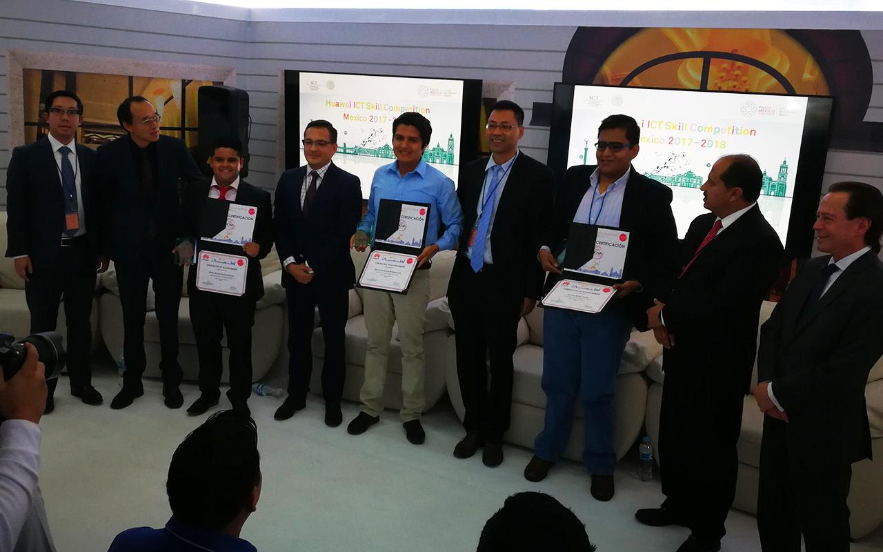 3 jóvenes mexicanos llegan a la final en concurso de Huawei en China