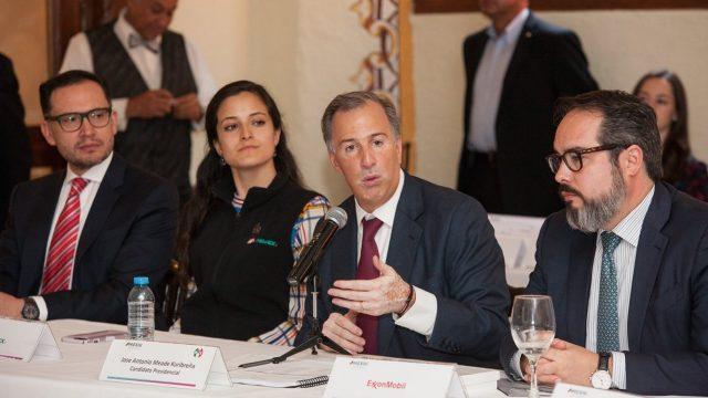 Aeropuerto que propone López Obrador es inviable: Expertos