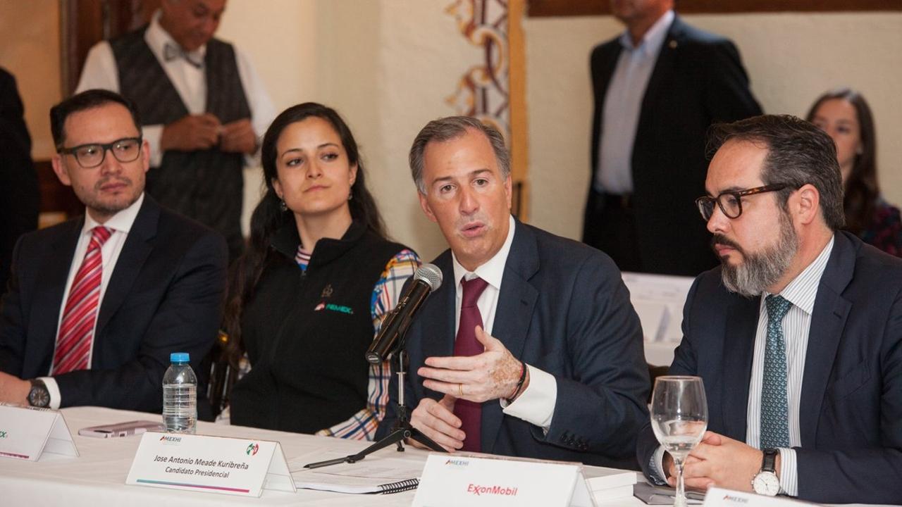 Revisión de contratos petroleros genera desconfianza: Meade