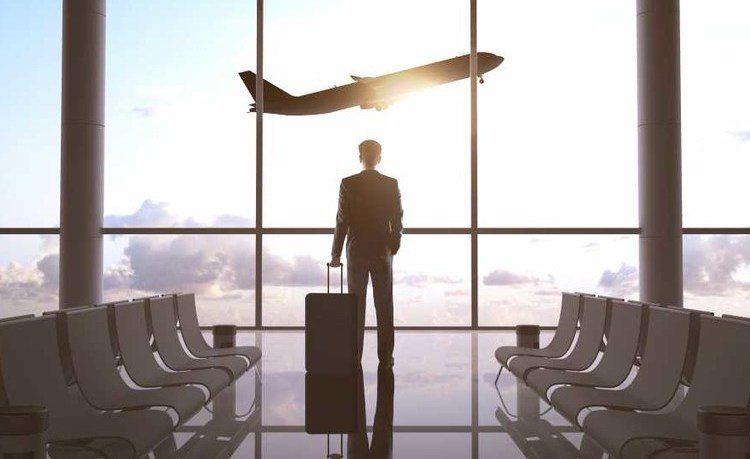 3 consejos para cazar boletos de avión de última hora