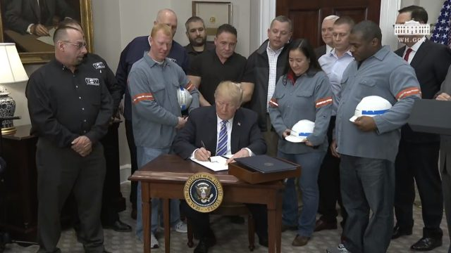 Trump considera reintegrar el nuevo acuerdo TPP