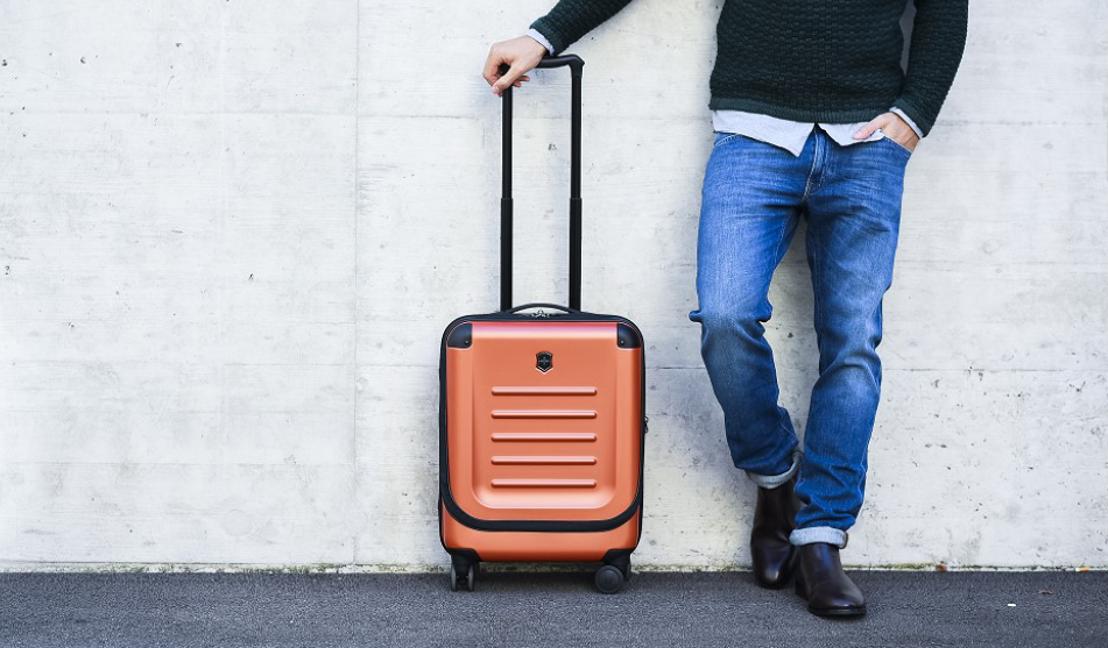 Victorinox pone colorido a dos ediciones limitadas de equipaje
