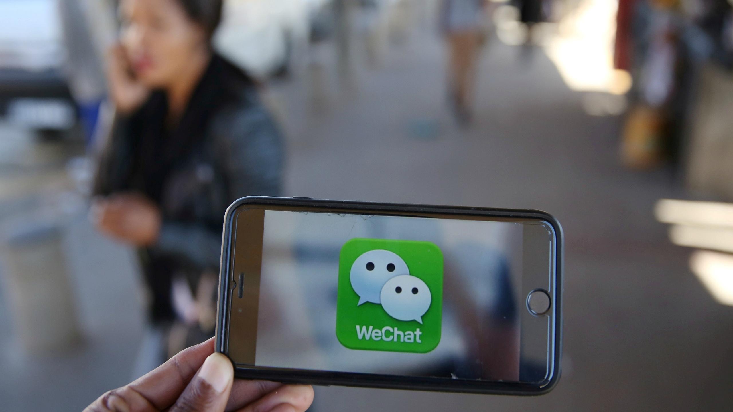 Walmart deja Alipay y se va WeChat en guerra de pagos en China