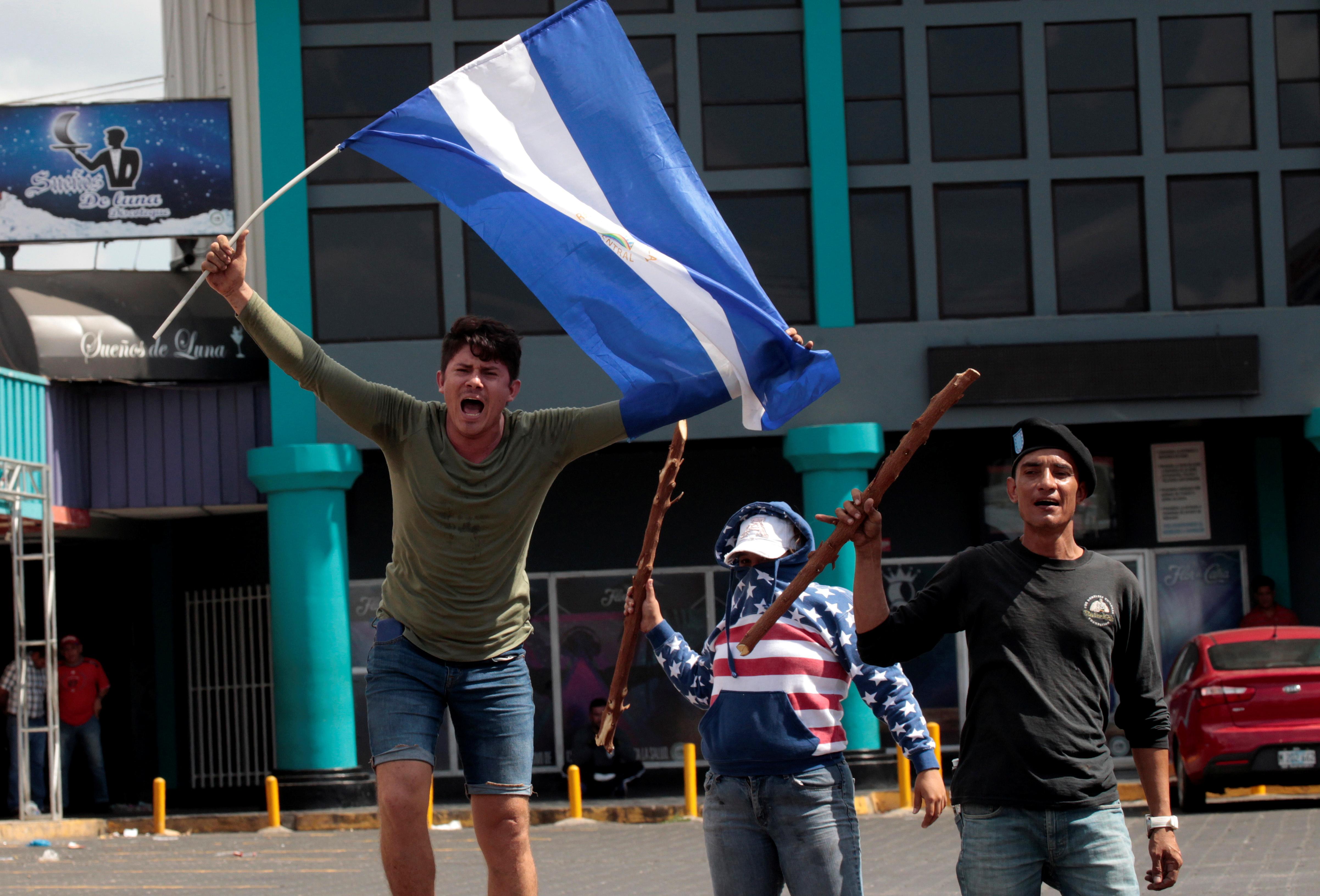 Nicaragua reanuda diálogo en busca de apaciguar protestas