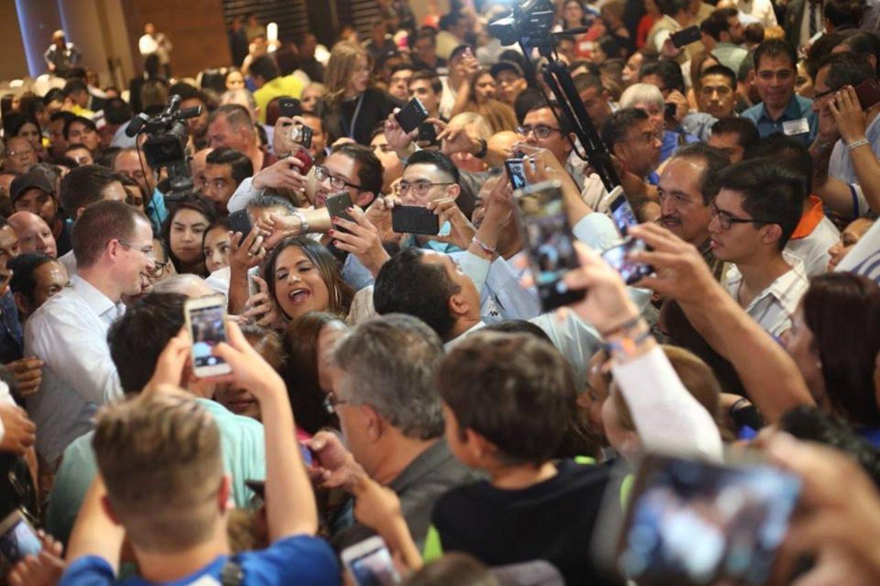 Diario de campañas | Zavala busca aliviar cargas de ISR; AMLO descarta pelear en debate