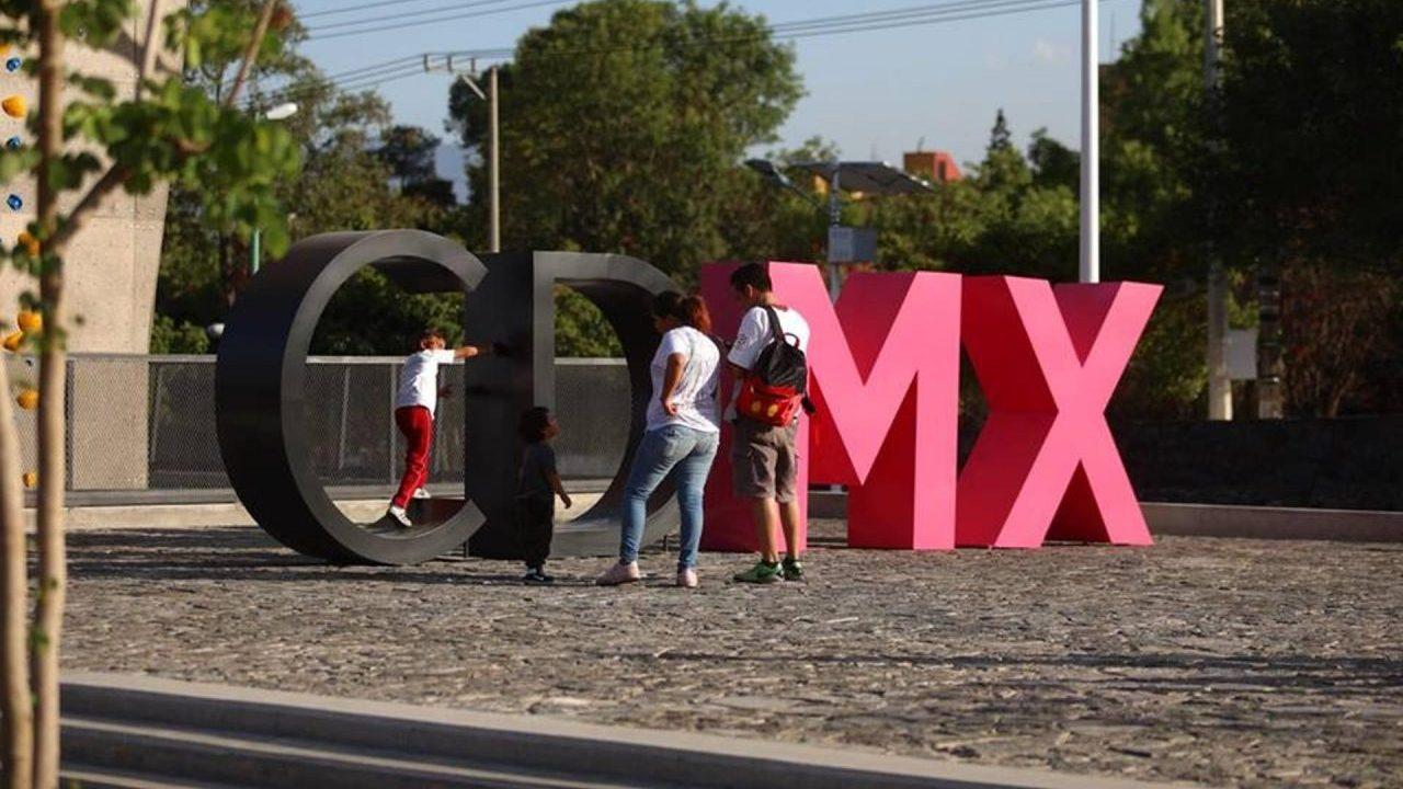 Sheinbaum busca renovar imagen de gobierno, no marca turística 'CDMX'