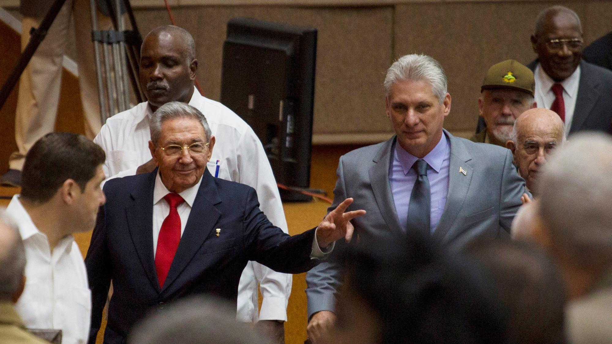 EU no espera más libertad en Cuba con nuevo presidente y no cambiará su política
