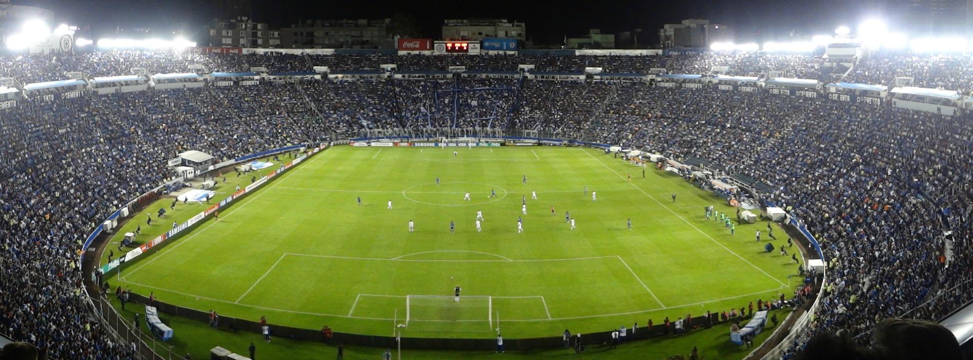Después de 72 años, adiós al legendario Estadio Azul