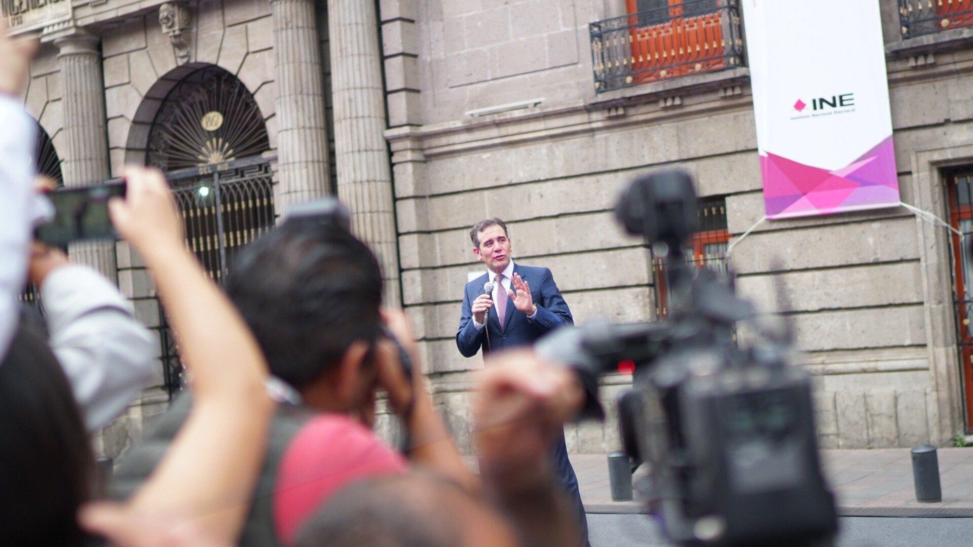 Presidente del INE pide a candidatos un debate con respeto
