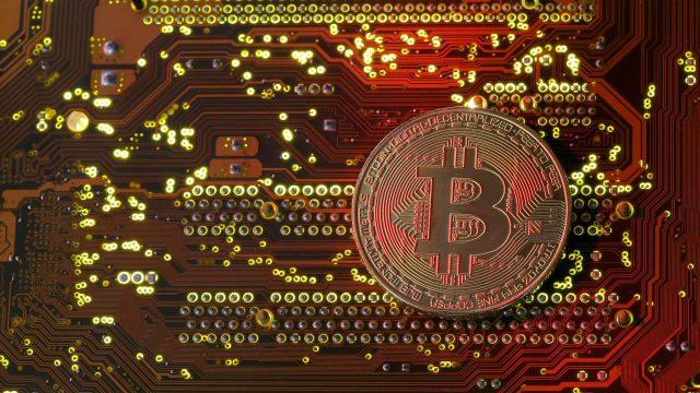 Ángel guardián del Bitcoin: Brian Armstrong crea un plan para ...