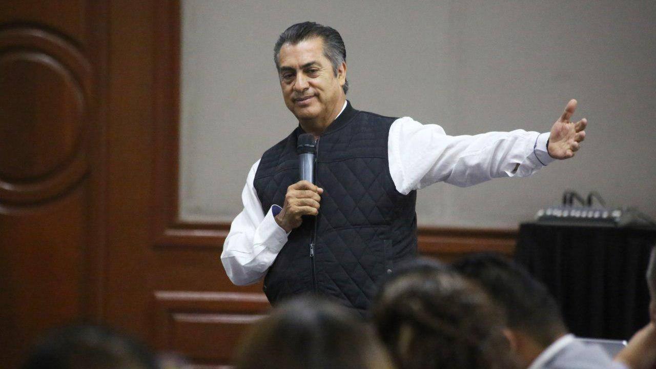 'El Bronco' promete un gabinete encabezado por empresarios