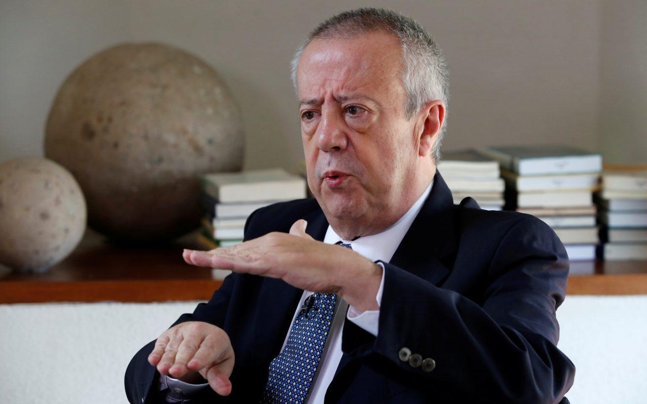 Reservas internacionales no se tocan, son de Banxico: Carlos Urzúa