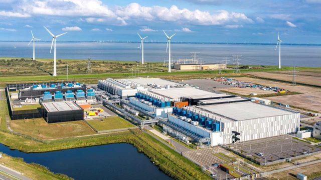 Google logró operar todo el 2017 con energía 100% renovable