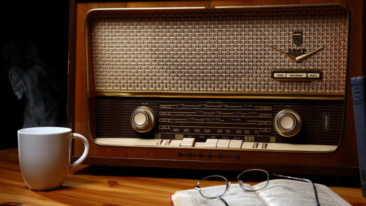 Los centennials mexicanos impulsan a la radio durante la cuarentena