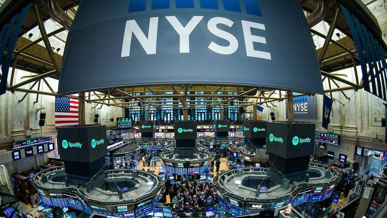 Índice S&P 500 sube a máximo en 5 meses tras resultados trimestrales