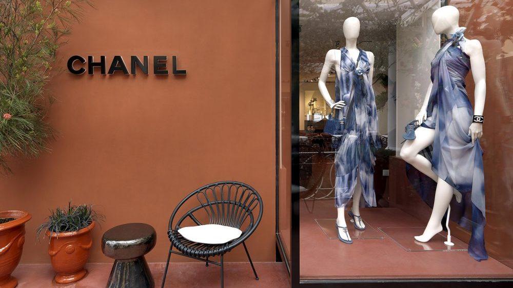 """Chanel abre una boutique efímera en Capri, la """"isla encantada"""""""
