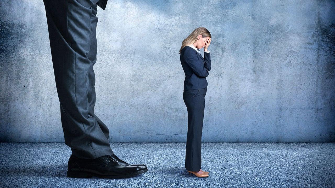 ¿Sufres de acoso en la oficina? Esto te interesa