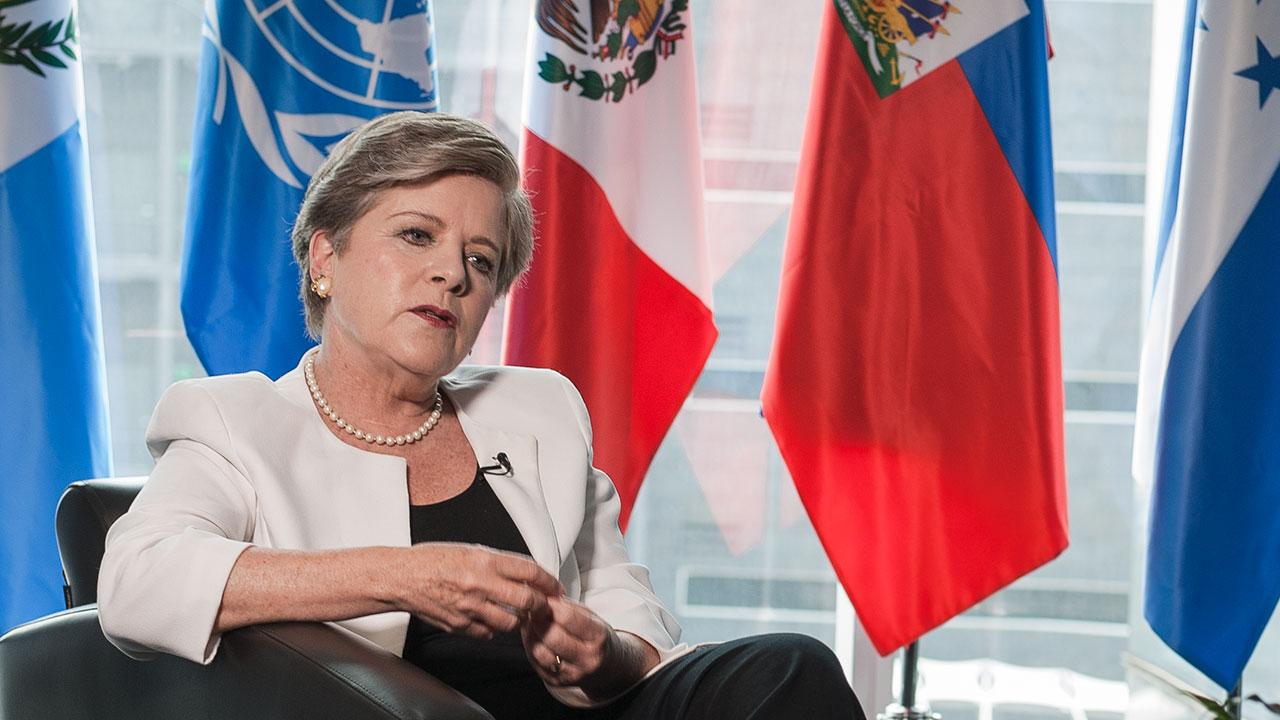 EXCLUSIVA: Alicia Bárcena planea no aceptar la propuesta de AMLO