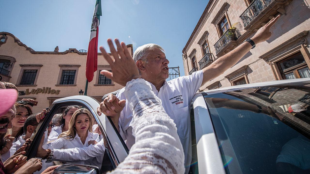 Tras los candidatos | La cruzada de AMLO contra la corrupción
