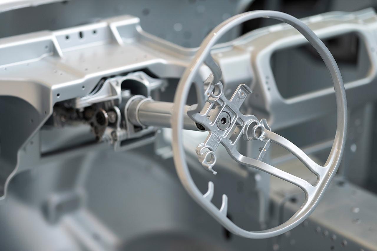 Volante. Foto: Max Earey/Aston Martin.