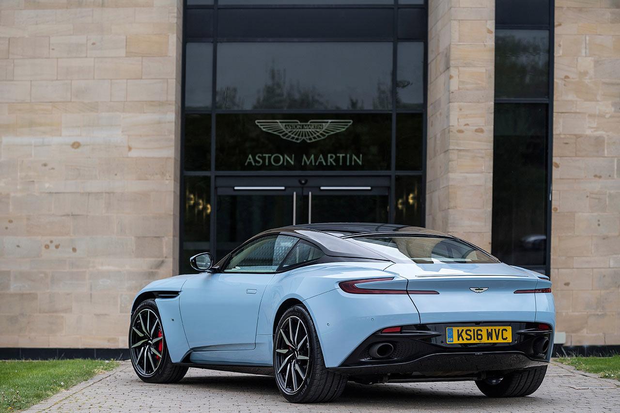 DB11. Foto: Max Earey/Aston Martin.