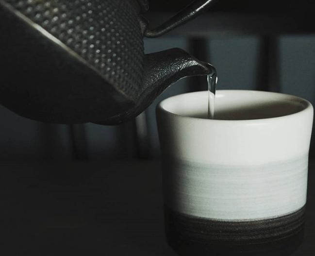 Tres tés energéticos que te harán olvidar el café