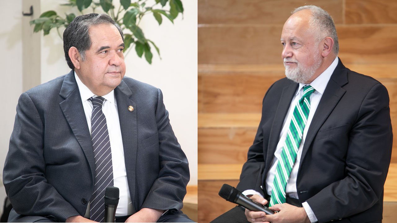 Héctor Larios, asesor económico de Ricardo Anaya, y Abel Hibert, asesor económico de Andrés Manuel López Obrador. Foto: Raúl Martínez/Forbes México.