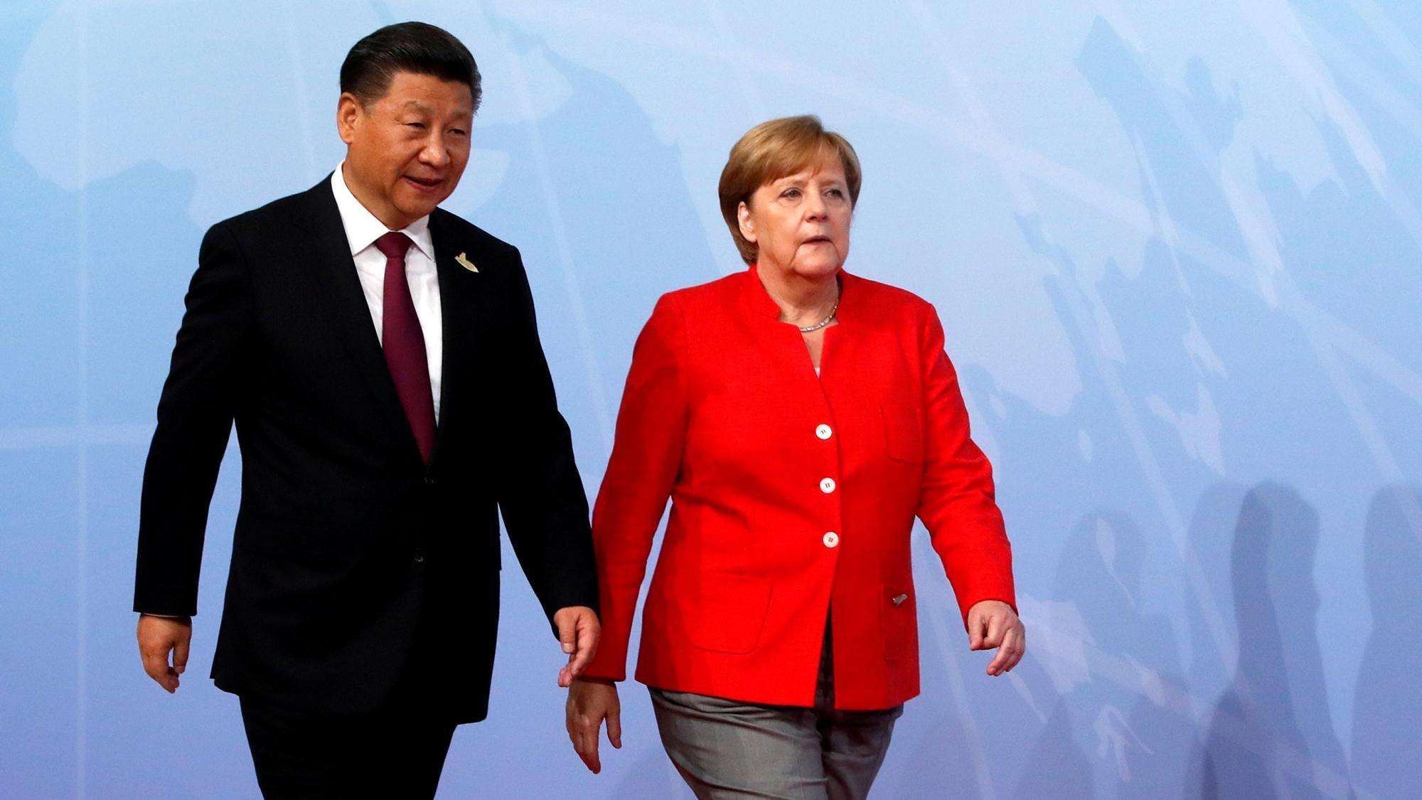 Merkel corteja a China ante desafío comercial planteado por Trump