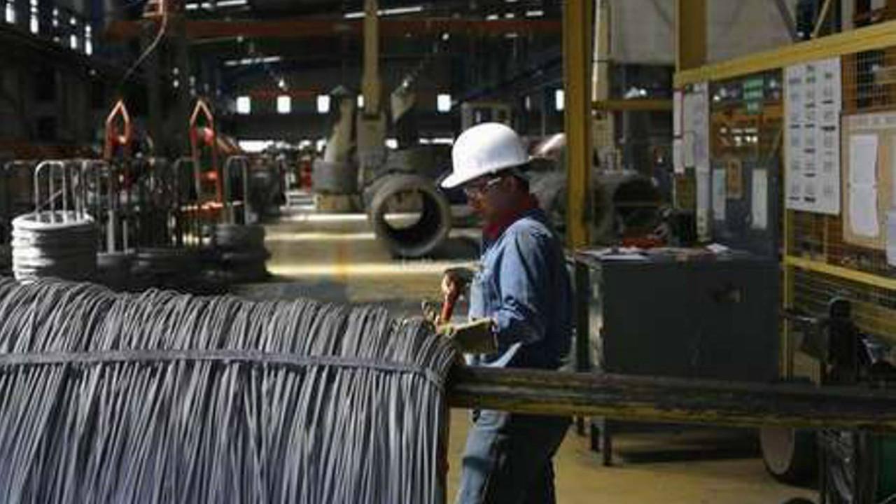 EU toma medidas para frenar importaciones de acero de México y Brasil