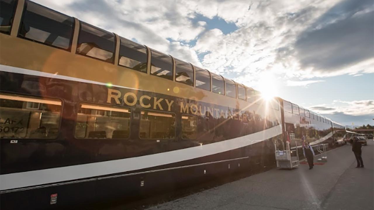 Rocky Mountaineer, el tren de lujo que te va a conquistar