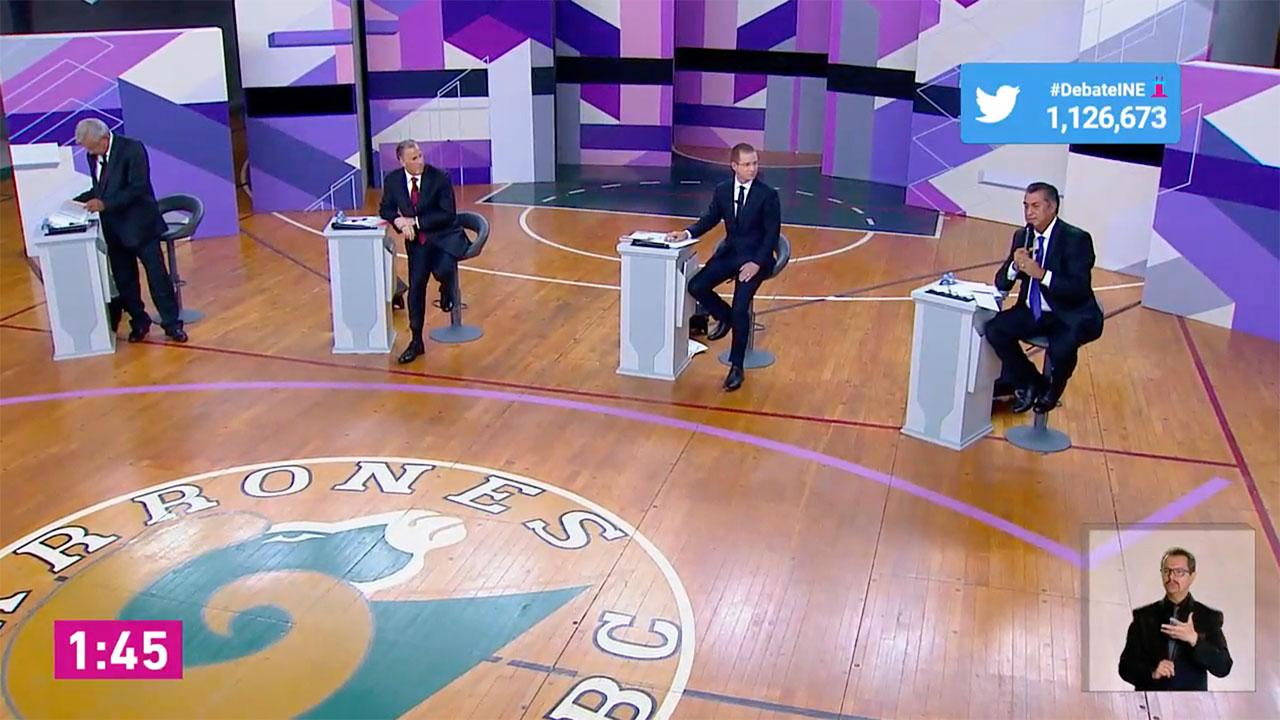 Los pies y las reacciones en el segundo debate