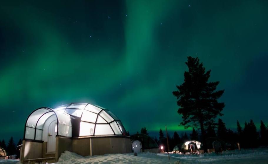 Iglúes de cristal y auroras boreales: solo en Finlandia