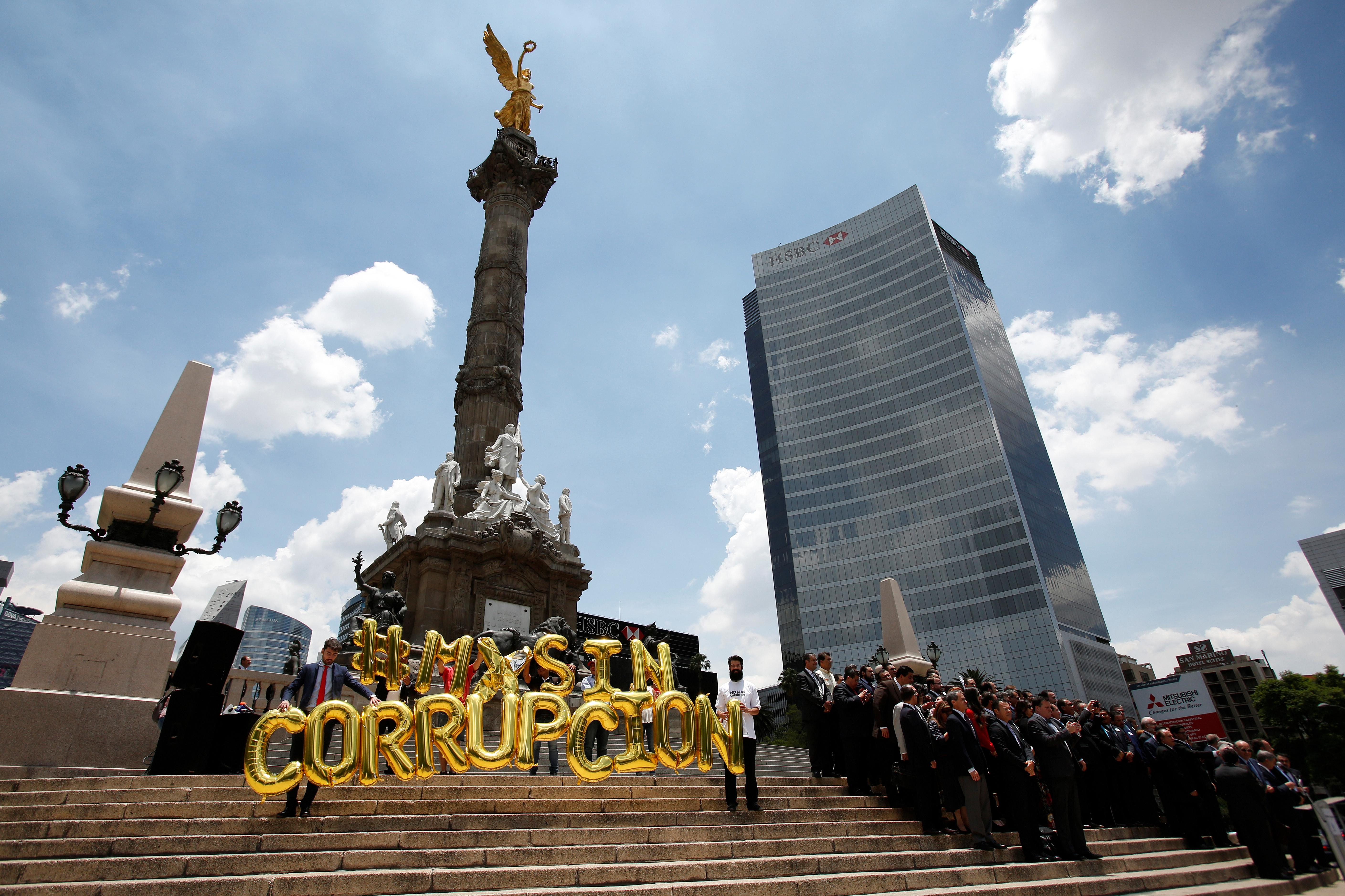 México, muy lejos de detener por corrupción a un político en funciones