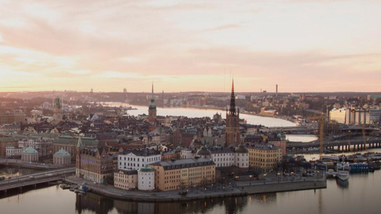 Suecia impone cierres ante la propagación 'descontrolada' de Covid-19