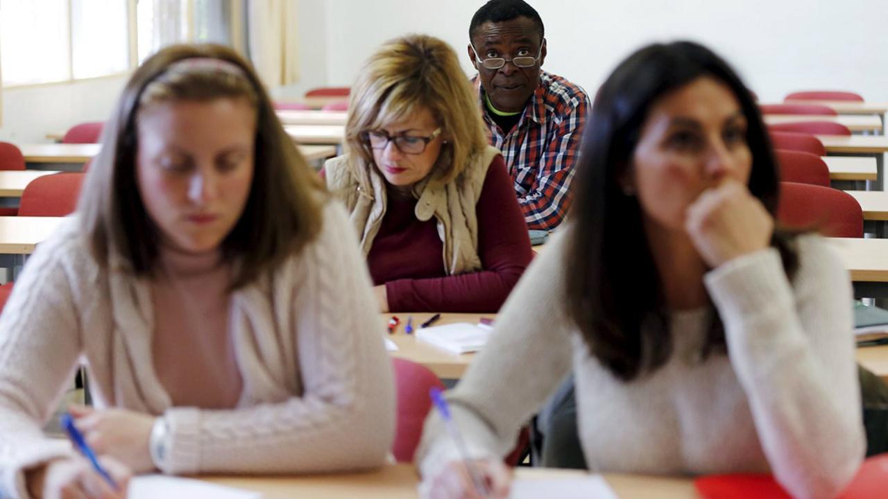 Gobierno de Trump abandona propuesta de expulsar a estudiantes extranjeros