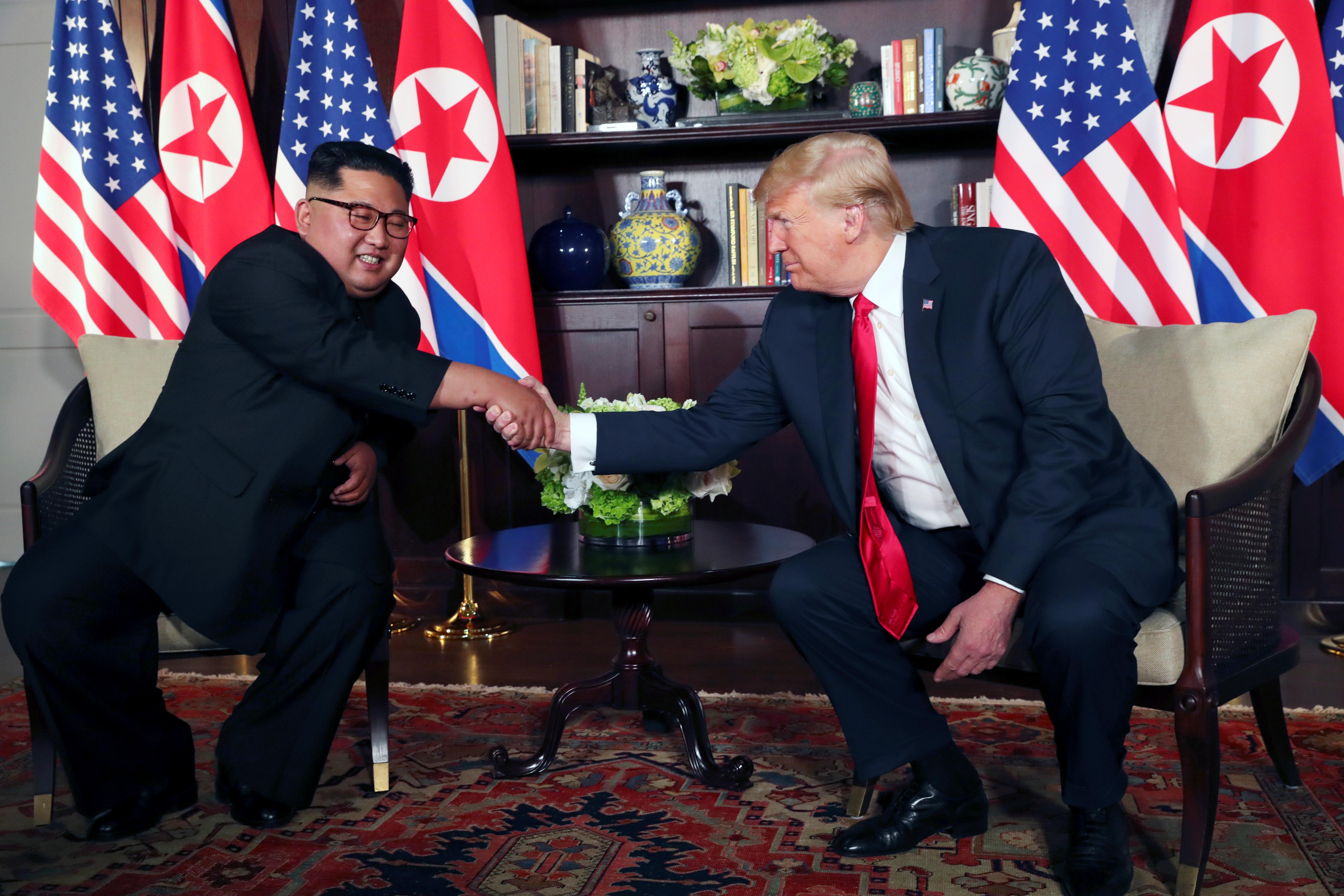 Trump confía en acuerdo con Corea del Norte y expresa inquietud con China