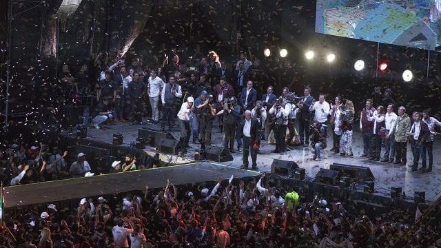 Cierre de campaña de AMLO en el Estadio Azteca, 2018. Foto: Angélica Escobar/Forbes México.