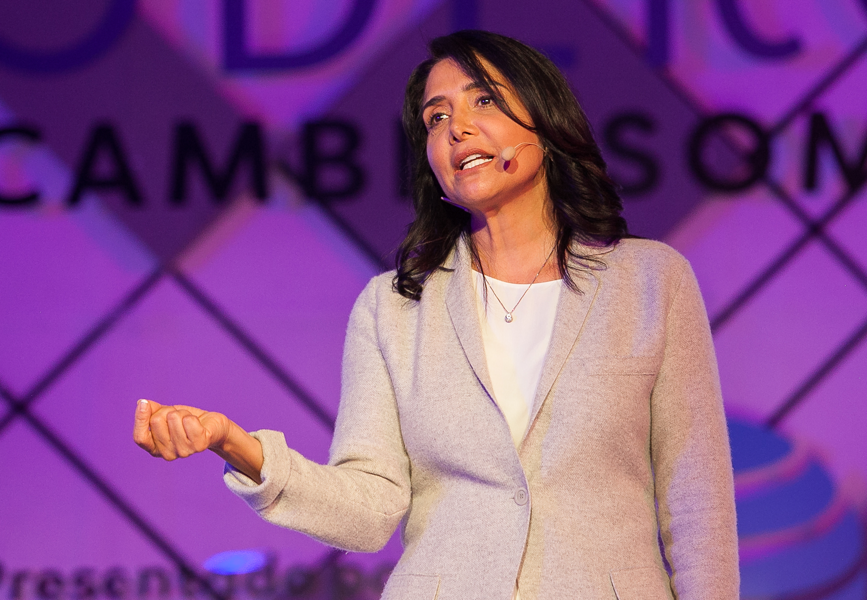 Para las mujeres, gobernar es punto de partida, no la meta: Barrales