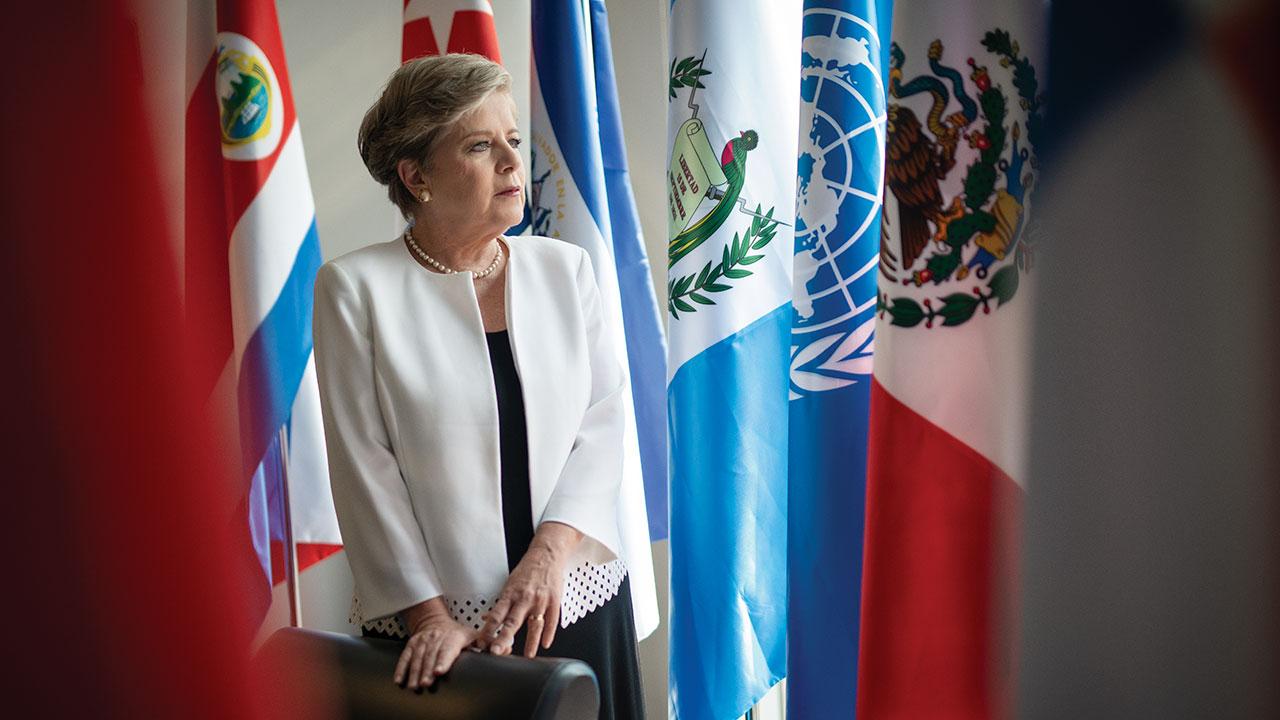57% de las mexicanas morirá sin pensión: Cepal