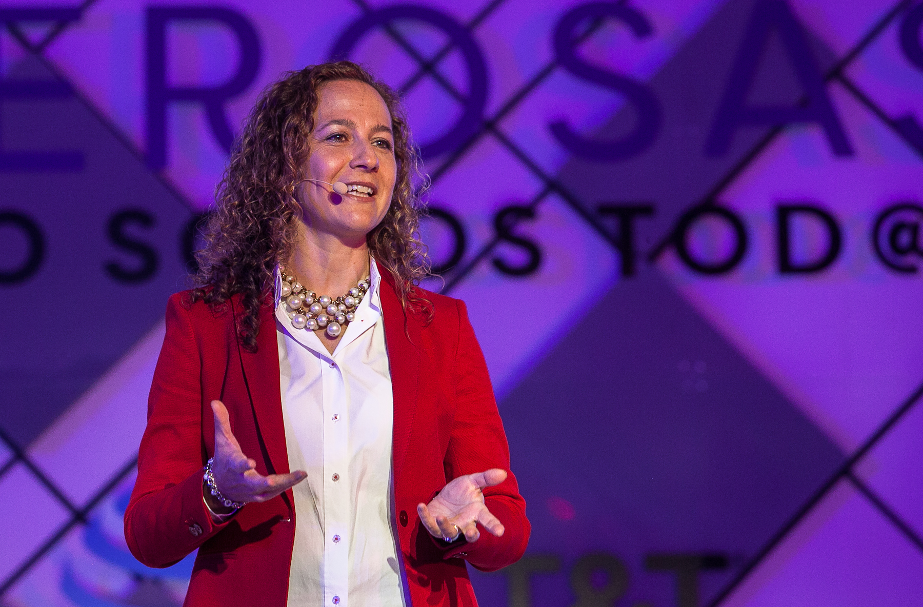No hay que exagerar el riesgo, dice Ana Longoria, de Novartis México