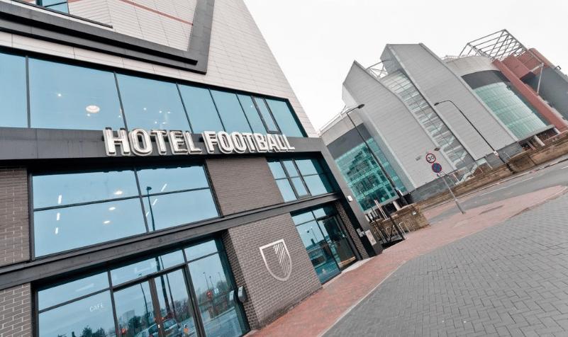Hospédate en los cinco hoteles más futboleros del mundo