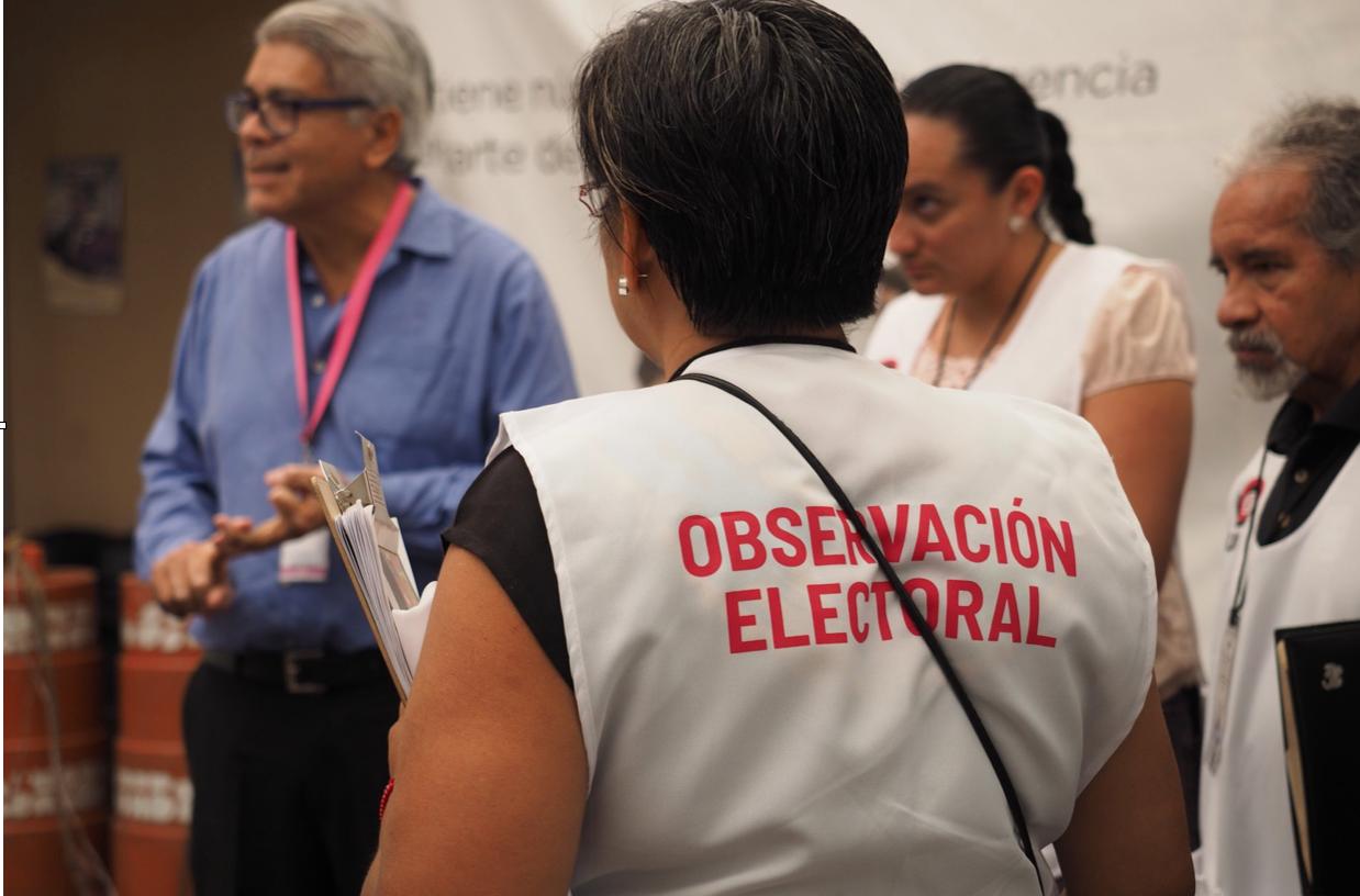 Más de 30,000 observadores vigilan las elecciones