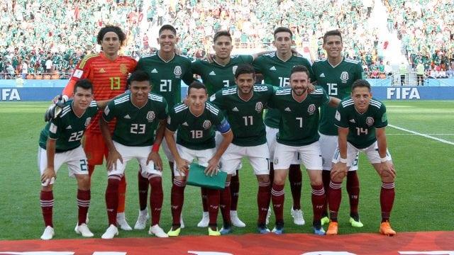 Alineación mexicana en la cancha del estadio Arena Ekaterimburgo, juego contra Suecia por el pase a los octavos de final de la Copa del Mundo Rusia 2018. Jorge Arciga/Notimex.