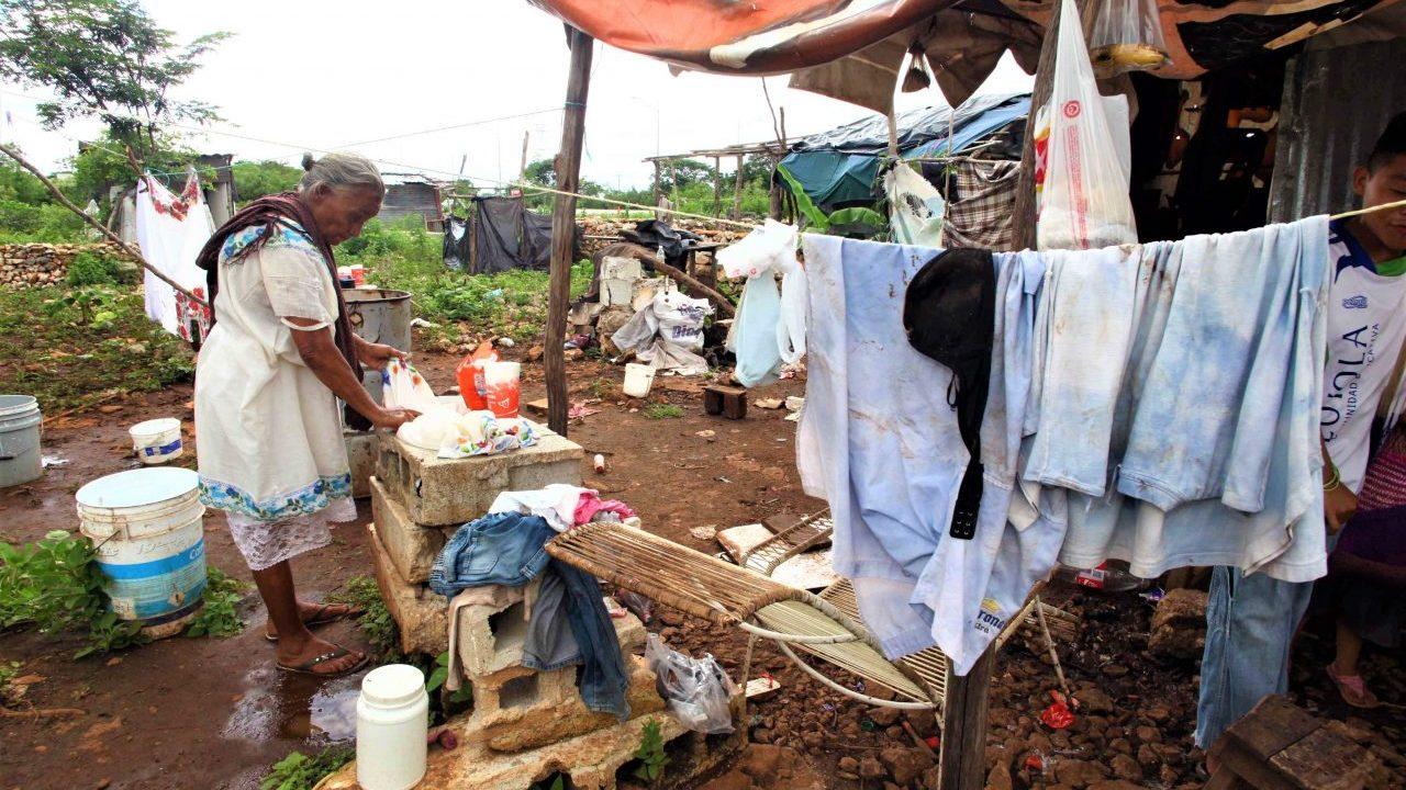 Descalifica AMLO medición de Coneval sobre aumento de la pobreza