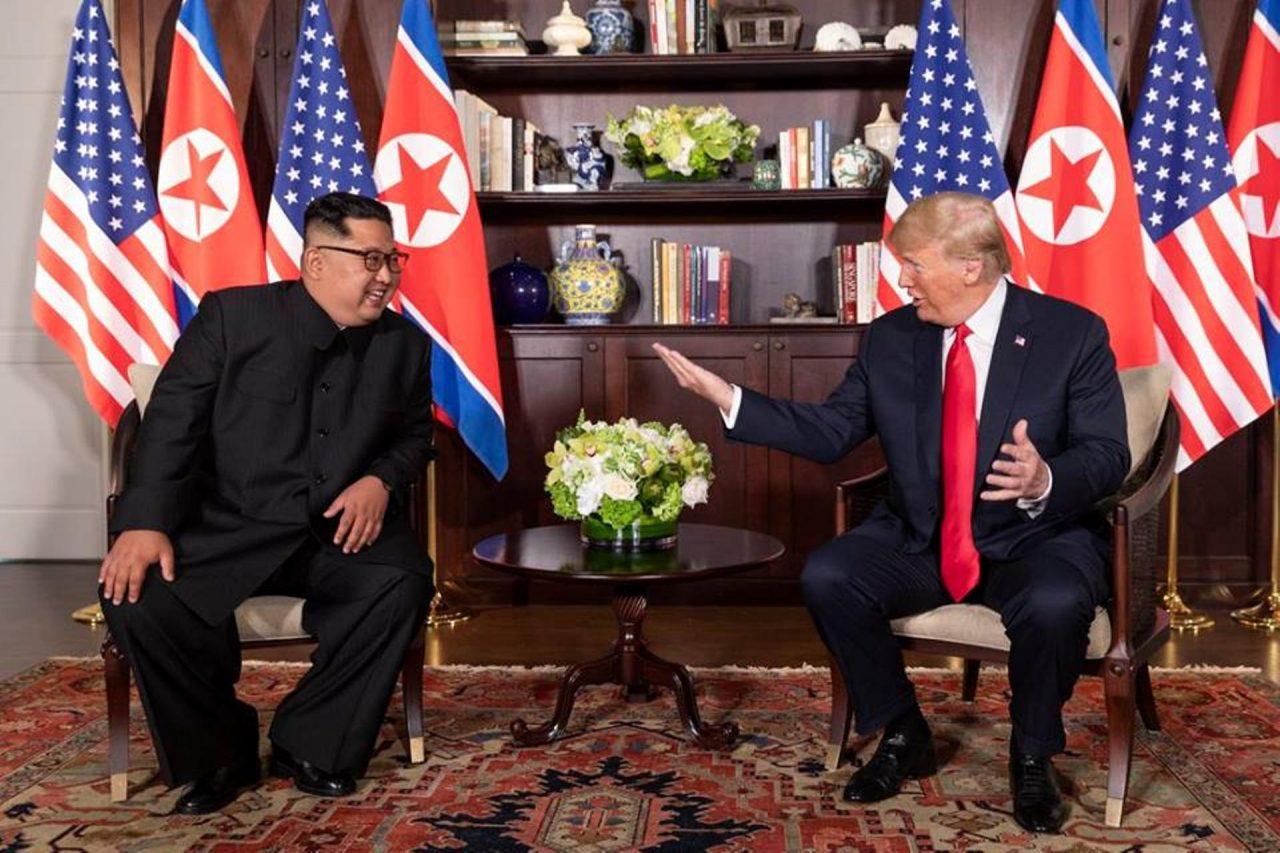 Celebra Donald Trump reaparición y estado de salud de Kim Jong-un