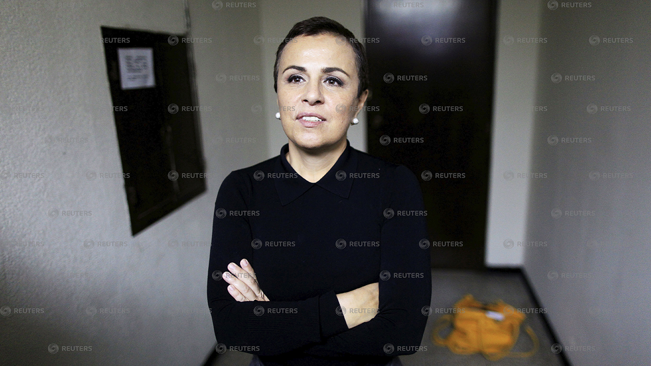 Juez ordena detención para exprimera dama de El Salvador, Vanda Pignato