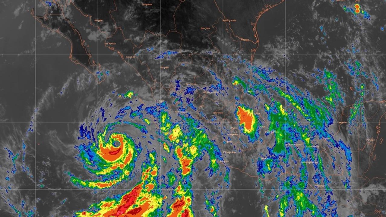 Huracán Bud se debilita a de categoría 3 en su camino a BCS