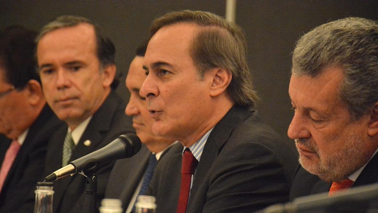 AMLO dio su aval a Nuevo Aeropuerto, afirma Castañón