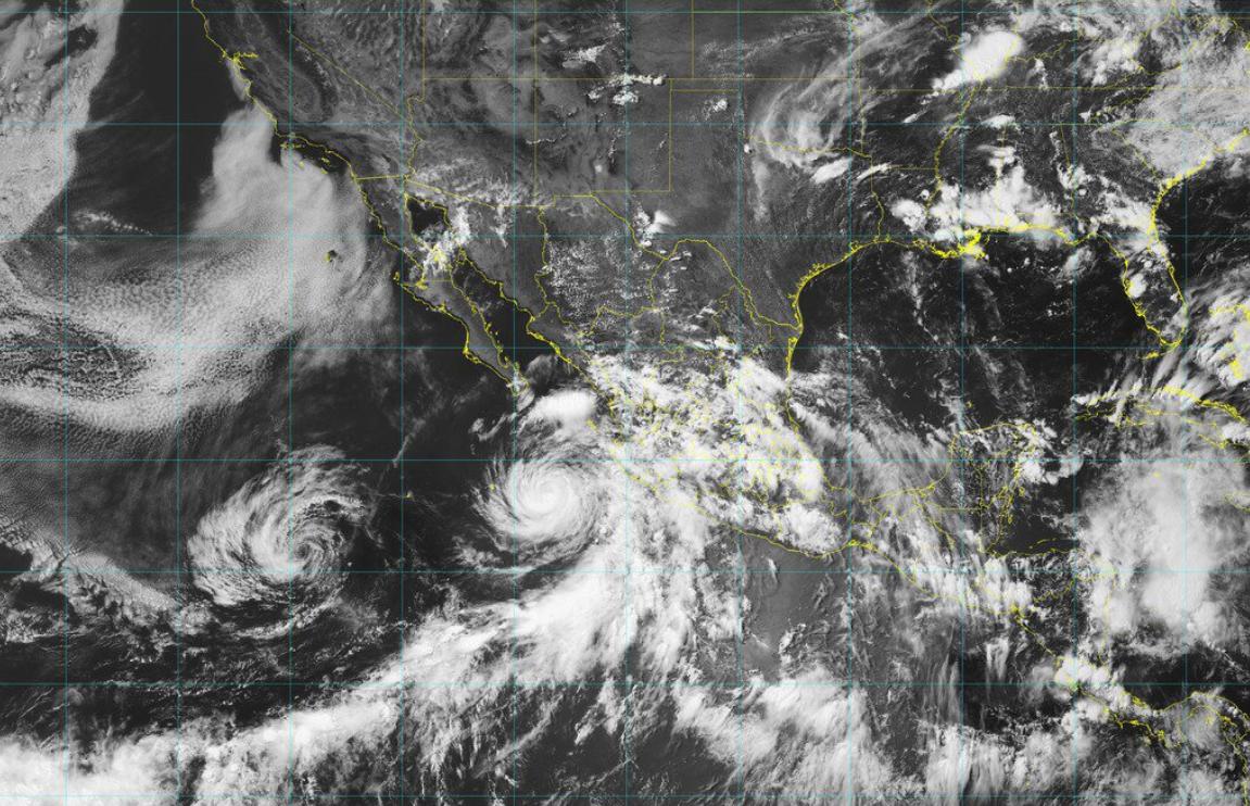 Huracán Dorian se intensifica a categoría 4 en su camino a Florida