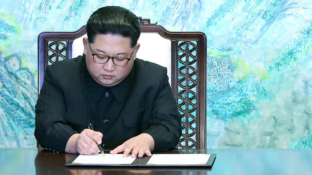 Líder norcoreano Kim llegaría a Singapur el domingo para reunión con Trump